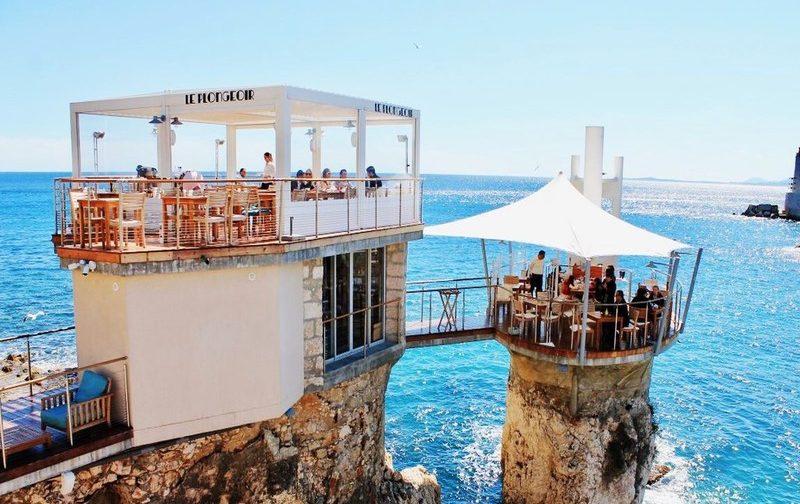 le plongeoir in nice a wonderful restaurant in an extraordinary