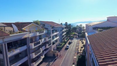 Saint-Raphaël: luxury high standing Penthouse of 152m2  with sea view