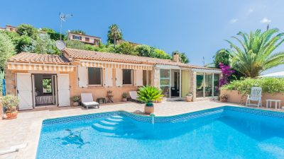 Beautiful villa with pool, one-bed apartment, wonderful views near Mandelieu