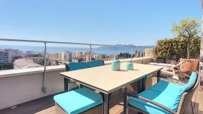Luxueux dernier étage de 170 m², terrasses, superbes vue mer à Cannes