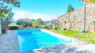 Charming stone house with a panoramic view in Draguignan