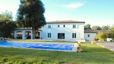 Near Vidauban - Detached modern villa on a large plot