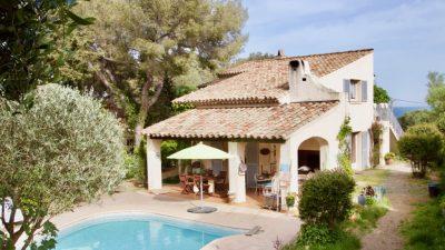 Les Issambres - Villa met 7 slaapkamers, ca. 275 m2, zeezicht en vlak bij  de zee!