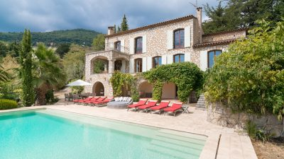 Charming stone villa with nice view towards hills and sea , Grasse St Jean