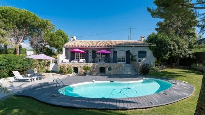 Beautifully renovated villa with lovely views, on the edge of Mouans Sartoux