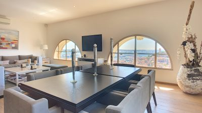 Luxury 3-bed apartment, terraces, wonderful sea view in Cannes