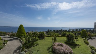 3-bed apartment, terrace, panoramic sea view, luxury residence, Cannes Californie