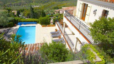 Les Issambres, moderne villa 170 m2 met fraai uitzicht!