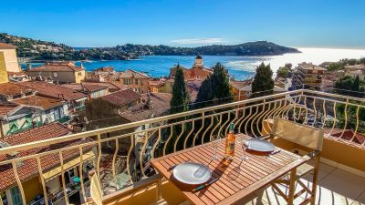 Villefranche Top floor