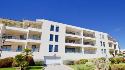 Saint Raphaël / Boulouris - T3 - 90 m2 superbe avec vu mer & grande terrasse