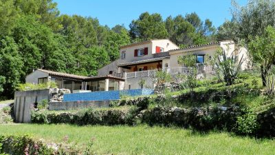 Spacious villa, lovely views, peaceful setting in Draguignan