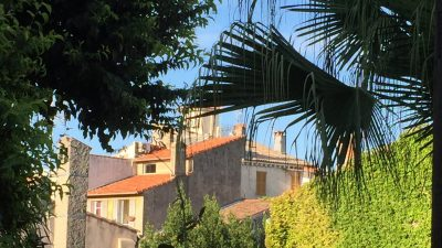 Lovely apartment in the heart of the old town of Antibes