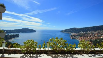 VILLEFRANCHE SUR MER - APARTMENT 75 SQM - SEA VIEW