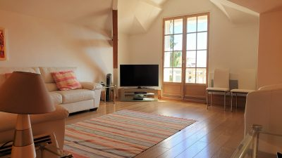 HOLIDAY RENTAL - 2 Bedrooms - BEAULIEU-SUR-MER Center
