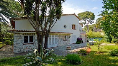 VILLA FOR SALE IN SAINT JEAN CAP FERRAT