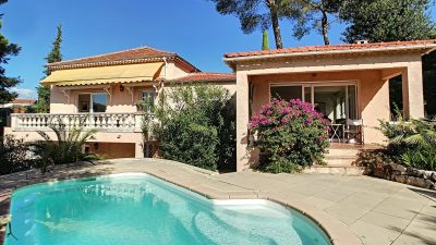 Charming Provencal villa, swimming pool, walking distance from the village of Mougins
