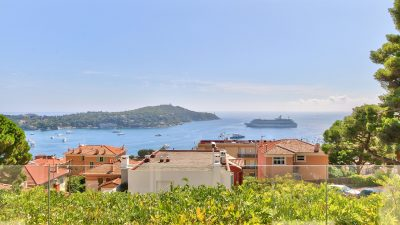 PROPERTY WITH SWIMMINGPOOL - VILLEFRANCHE-SUR-MER