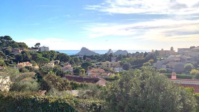 Villa of 160 m², sea view, close to all amenities in Villeneuve-Loubet