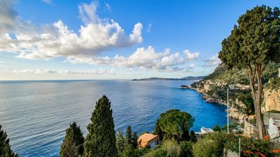 DUPLEX APARTMENT WITH  PANORAMIC SEA VIEW IN CAP D'AIL