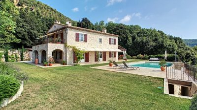 Luxurious Mas Provençal, heated pool, panoramic sea views in Grasse